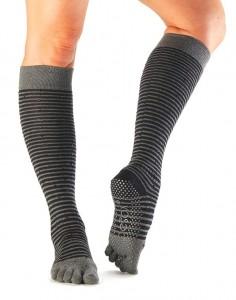 socks_grip_scrunchkneehigh_ft_fling
